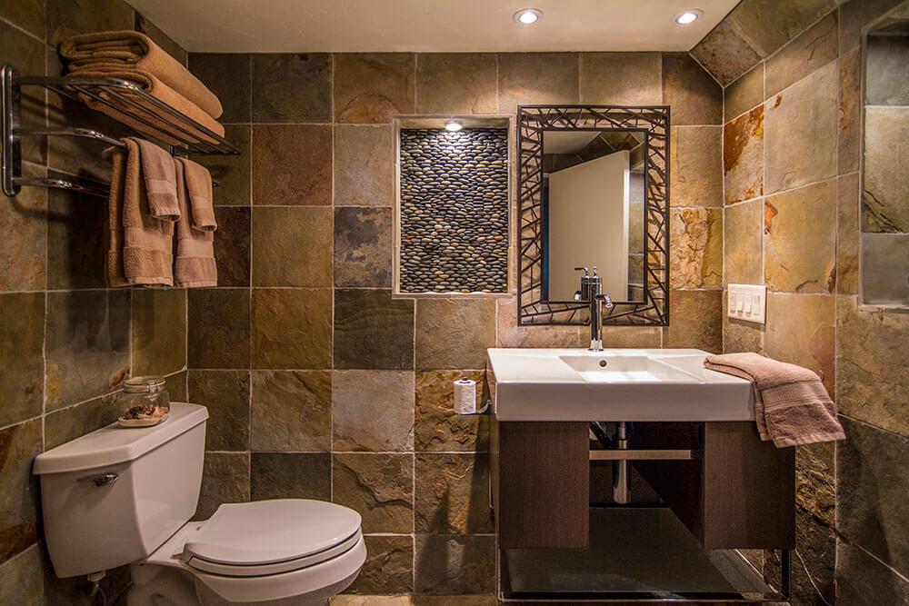 elkhart-lake-bathroom-remodel-by-paceline-construction