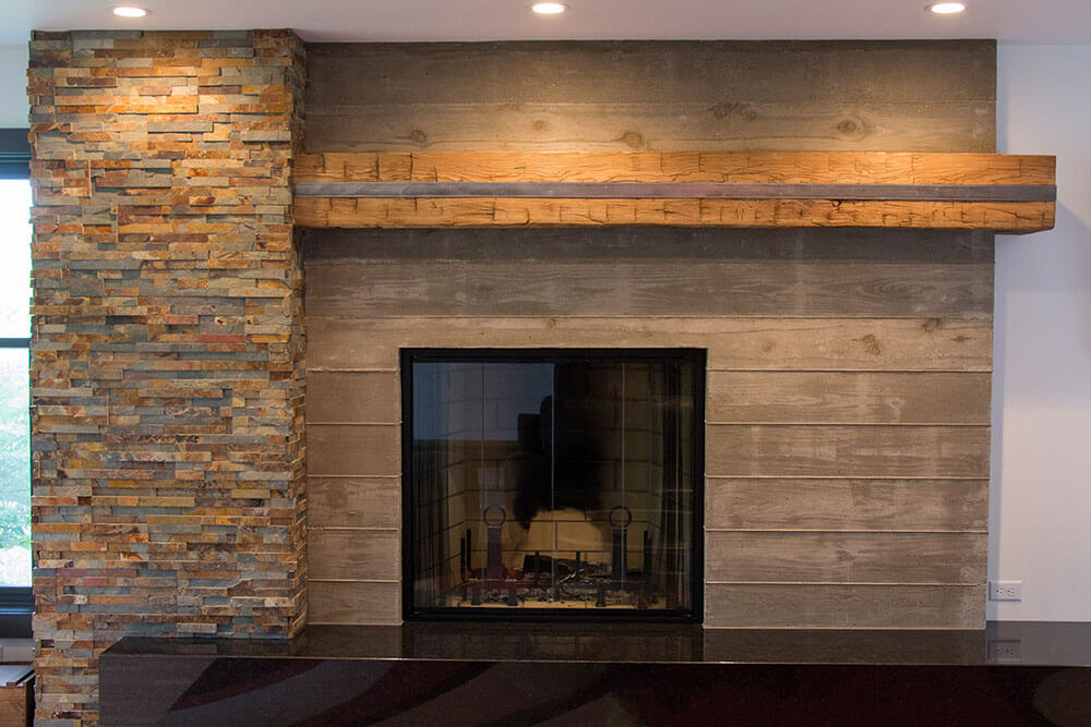 elkhart-lake-contemporary-stone-fireplace-paceline-construction