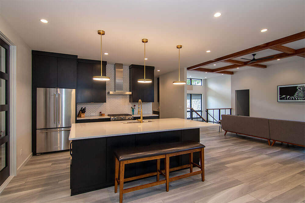 sheboygan-contemporary-ranch-kitchen-paceline-construction